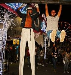 gap-circus-birraesound-2014-Leverano-gambalungaproject-trampolieri.artisti.circensi (43)